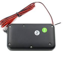 Počasiuodolný GPS tracker pre lode, motorky a vozidlá, vstavaná batéria, pohybový senzor, vibračný senzor